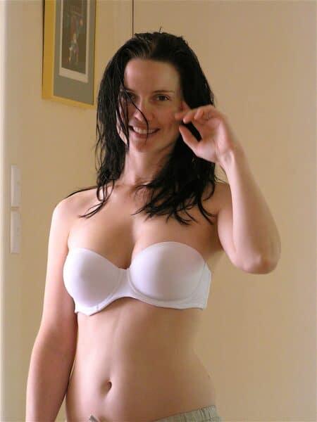 salope sexy soumise pour amant directif de temps à autre disponible